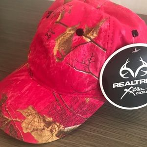 Realtree Hot Pink Camouflage Hat